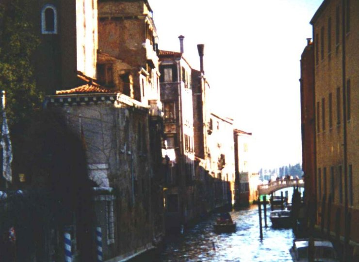 10 - Canal